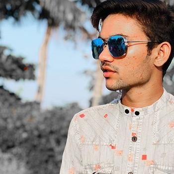 Celebrity Farman Khan - Tring India