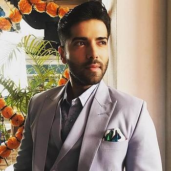 Celebrity Kinshuk Mahajan - Tring India