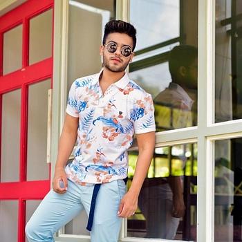 Celebrity Akshay Sharma - Tring India