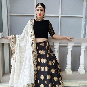 Celebrity Soniya Kaur - Tring India