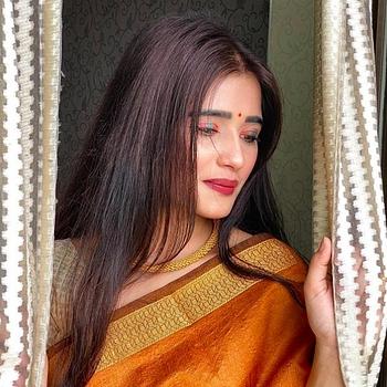 Celebrity Shivani Bais - Tring India
