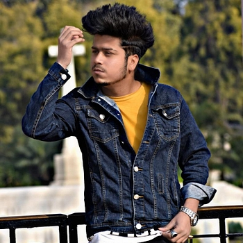 Celebrity Aman Upadhyay - Tring India