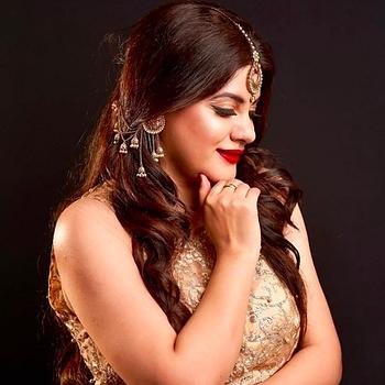 Celebrity Samriti Dutta - Tring India