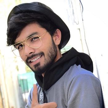 Celebrity Zartaz Siddiqui - Tring India