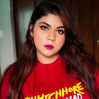 Celebrity Rweehma Roy - Tring India