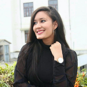 Celebrity Nancy Saharia - Tring India