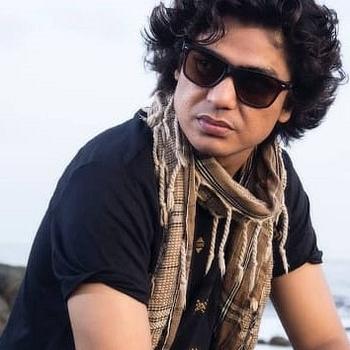 Celebrity Alok Pandey - Tring India