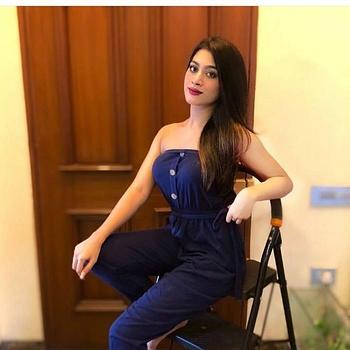 Celebrity Shreya Srivastava - Tring India