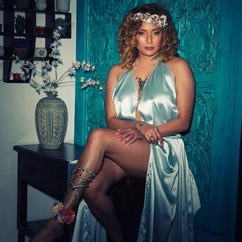 Celebrity Diandra Soares - Tring India