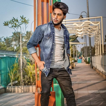 Celebrity Tofik Shaikh - Tring India