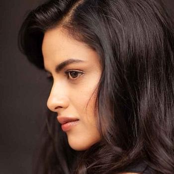 Celebrity Neha Mahajan - Tring India