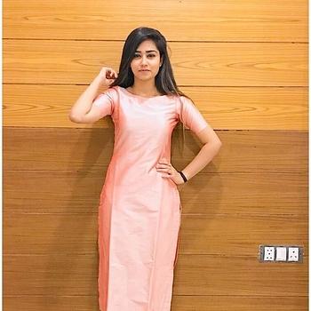 Celebrity Gunjan Sherawat - Tring India