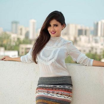 Celebrity Archana Gupta - Tring India
