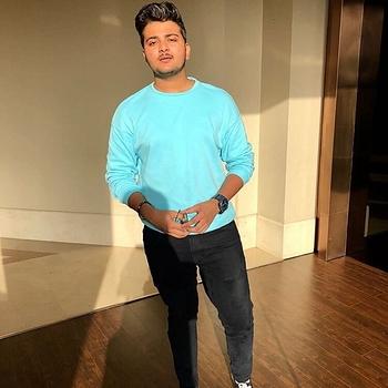 Celebrity Mridul Meena - Tring India