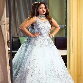 Celebrity Chaitraa Poojary - Tring India