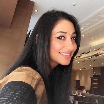 Celebrity Shruti Panwar (Ulfat) - Tring India