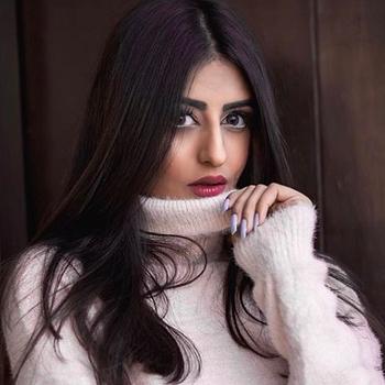 Celebrity Kritika Dagar - Tring India