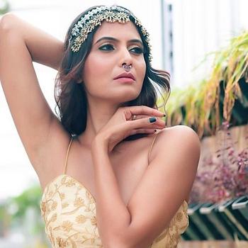 Celebrity Shwetha Prasad - Tring India