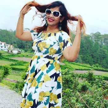Celebrity Geeta Pandey - Tring India