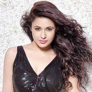 Celebrity Yuvika Chaudhary - Tring India