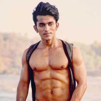 Celebrity Garry Kumar - Tring India