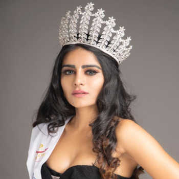 Celebrity Rehaa Khann - Tring India