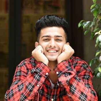 Celebrity Akshay Rana - Tring India