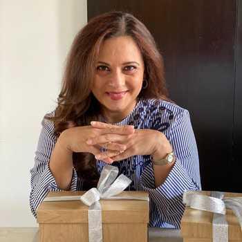 Celebrity Manasi Joshi Roy - Tring India