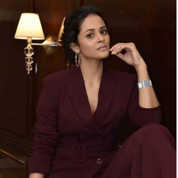 Celebrity Deepti Devi - Tring India