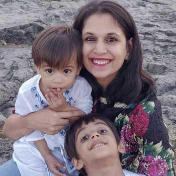 Celebrity Rahela Tayyebi - Tring India