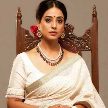 Celebrity Mahie Gill - Tring India