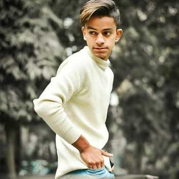 Celebrity Ujjwal Vij - Tring India