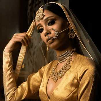 Celebrity Elina Chauhan - Tring India