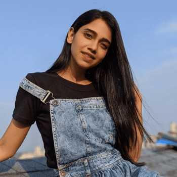 Celebrity Bhagyashree Limaye - Tring India