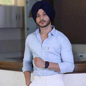 Celebrity Navjeet Singh - Tring India