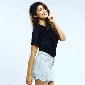 Celebrity Rasika Sunil - Tring India