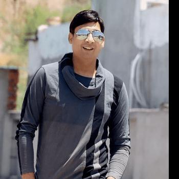 Celebrity Suresh Albela - Tring India