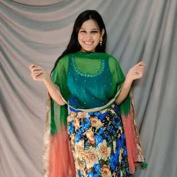 Celebrity Deepika Vaghela - Tring India