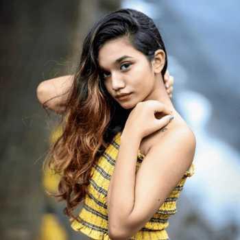 Celebrity Rutujaa Golambade - Tring India