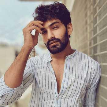 Celebrity Rushal Parakh - Tring India
