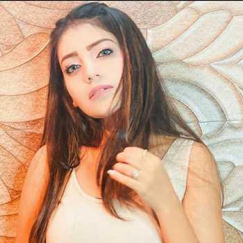 Celebrity Afreen Rahat - Tring India