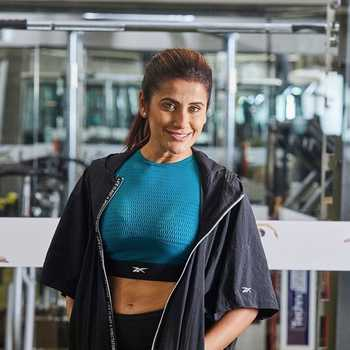 Celebrity Yasmin Karachiwala - Tring India