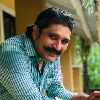 Celebrity Mayur Khandge - Tring India