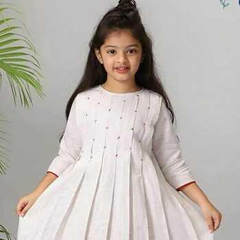 Celebrity Kiearra Soni - Tring India