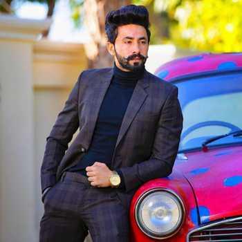 Celebrity Arsh Hundal - Tring India
