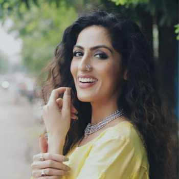 Celebrity Monika Khanna - Tring India