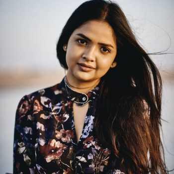 Celebrity Apurva Gore - Tring India