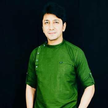 Celebrity Vijhay Badlaani - Tring India
