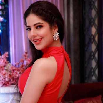 Celebrity Parree Pande - Tring India