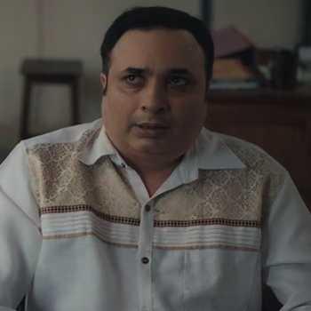 Celebrity Jay Upadhyay - Tring India